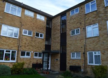 Thumbnail 2 bed flat to rent in High Street, Potters Bar