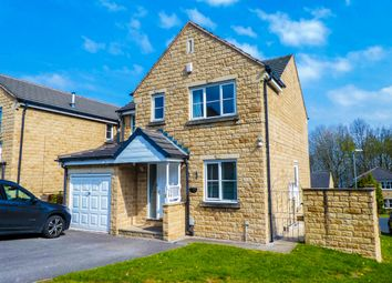 4 bed detached house for sale in Woodlea Avenue, Lindley, Huddersfield HD3