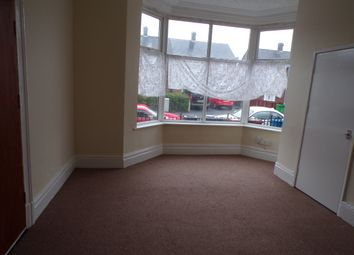 Thumbnail Room to rent in Hermitage Rd, Crumpsall, Manchester