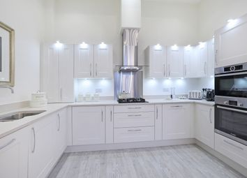 Thumbnail 3 bed flat for sale in New Street, Chipping Norton