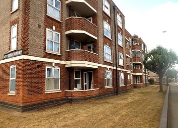 Thumbnail 3 bed flat to rent in Malden Way, New Malden