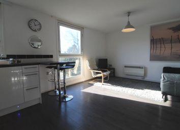 Thumbnail Room to rent in Bohemia, Hemel Hempstead
