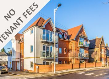 Thumbnail 2 bedroom flat to rent in Roding Avenue, Woodford Green