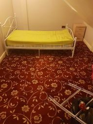Thumbnail Room to rent in Eastern Ave, Ilford