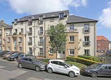 Thumbnail 3 bed flat for sale in 1/4 Waverley Park Terrace, Abbeyhill, Edinburgh
