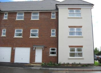 Thumbnail 2 bed flat to rent in Eagle Road, Cippenham, Slough
