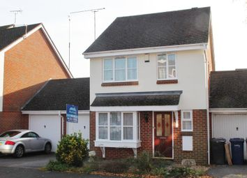 Thumbnail 3 bed detached house to rent in Crosby Way, Farnham