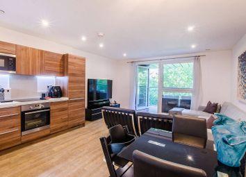 Pell Street, Deptford, London SE8. 3 bed flat