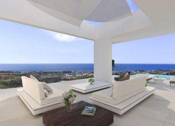 Thumbnail 4 bed detached house for sale in Estepona, Málaga, Spain