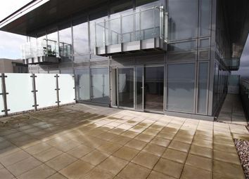 Thumbnail 2 bedroom flat to rent in Number One, Media City Uk, Salford