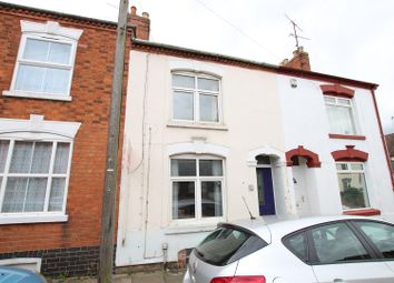 5 bed terraced house to rent in Moore Street, Northampton NN2