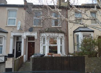 Thumbnail 2 bedroom flat to rent in Cobden Road, London