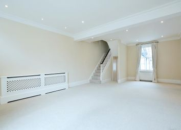 Thumbnail 2 bed property to rent in Kensington Place, London