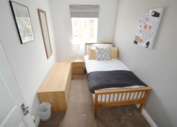 Thumbnail 1 bed property to rent in Cintra Close, Reading