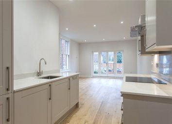 Thumbnail 2 bed flat to rent in Bell Street, Henley-On-Thames, Oxfordshire
