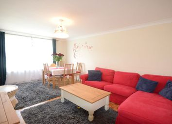Thumbnail 2 bed maisonette to rent in Clewer Hill Road, Windsor