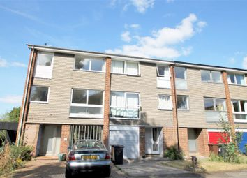 Thumbnail 4 bed town house to rent in Antonine Gate, St.Albans