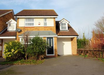 Thumbnail 3 bed detached house to rent in Thrush Close, Aylesbury