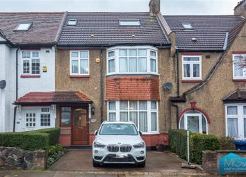 Thumbnail 4 bedroom detached house for sale in Ridgeview Road, Whetstone, London