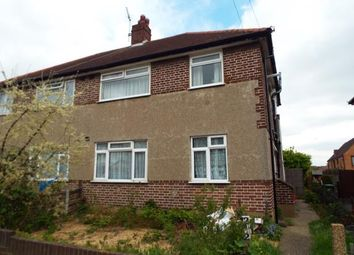 Thumbnail 2 bedroom maisonette for sale in Hainault, Ilford, Essex