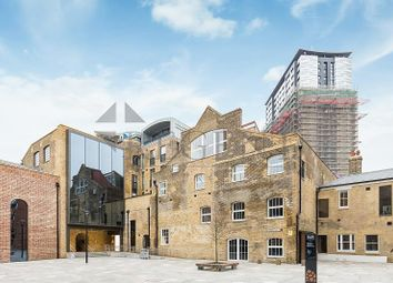 Thumbnail Studio to rent in Bubbling Well Square, London