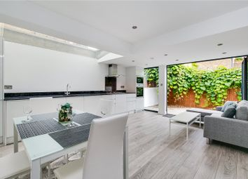 Thumbnail 2 bed flat for sale in Gayford Road, London