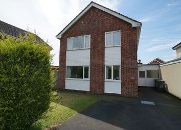 Thumbnail 4 bedroom detached house for sale in Cliffe Avenue, Ruskington, Sleaford