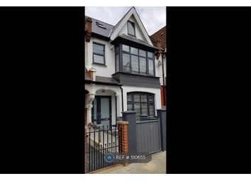Room to rent in Broxholm Road, London SE27