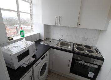 1 bed flat to rent in 190 Kings Court, Hamlet Gardens, Hammersmith, Hammersmith W6