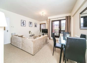 Thumbnail 1 bedroom flat for sale in Selborne Court, Reading