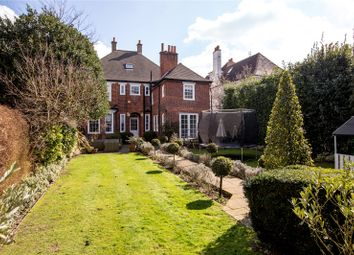 Property for sale in warren road coombe kingston upon - Swimming pools in kingston upon thames ...