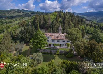 Thumbnail 5 bed villa for sale in Fiesole, Tuscany, Italy