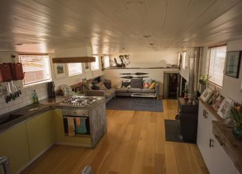 Thumbnail 4 bedroom houseboat for sale in High Street, Brentford
