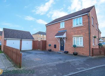 Thumbnail 3 bedroom detached house for sale in Columbia Road, Broxbourne