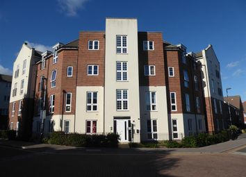 Thumbnail 2 bed flat for sale in Cambrian Way, Goring By Sea, Worthing, West Sussex