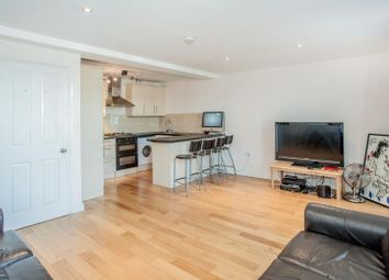 Thumbnail 2 bed flat to rent in Hetley Road, Top Floor Flat, Shepherds Bush, London