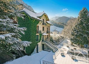 Thumbnail Chalet for sale in Rhône-Alpes, Haute-Savoie, Morzine