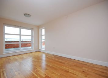 Thumbnail 2 bed flat to rent in London Road, Kingston