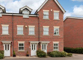 Thumbnail 3 bedroom town house for sale in Benham Drive, Reading, Berkshire