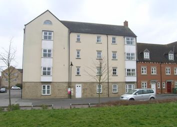 Thumbnail 2 bedroom flat to rent in Zander Road, Calne