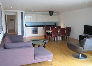 Thumbnail 3 bed flat to rent in Hermitage Street, London