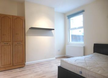 Thumbnail 3 bed maisonette to rent in Fountain Road, London