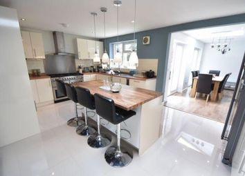5 bed detached house for sale in Bradgers Hill Road, Luton LU2