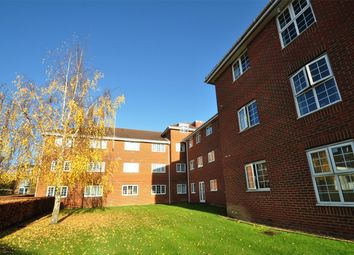 Thumbnail 2 bed flat for sale in Cole Green Lane, Welwyn Garden City, Hertfordshire