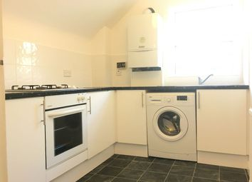 Thumbnail Studio to rent in Outram Road, Addiscombe, Croydon