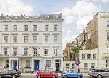 Thumbnail 3 bed flat for sale in Lupus Street, London