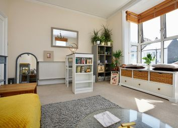 Thumbnail 3 bedroom flat for sale in Cowper Street, Hove