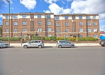 Thumbnail 2 bed flat to rent in Windsor Court, Golders Green Road, Golders Green