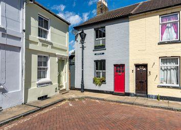 Hatch Street, Faversham ME13. 2 bed end terrace house