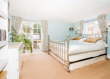 Thumbnail 2 bed flat to rent in Lansdown Terrace, Cheltenham